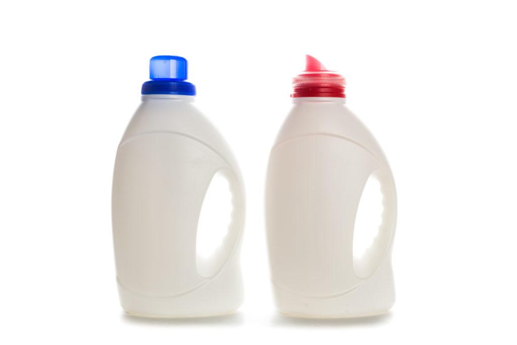 Usar desinfetantes em ralos